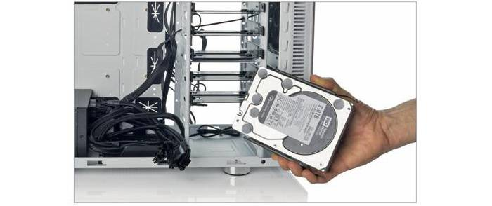 Kak-snjat-zhestkij-disk-s-kompjutera-1.jpg
