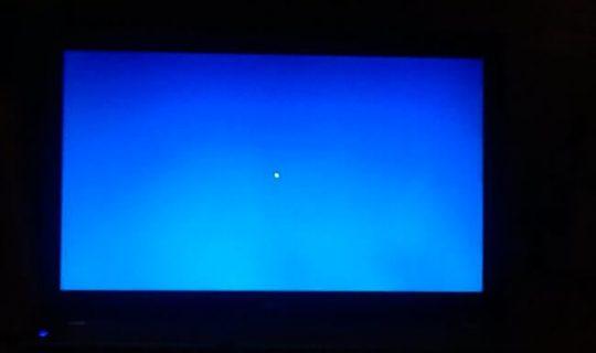 u-noutbuka-pojavilsja-goluboj-ili-sinij-jekran-1-540x320.jpg