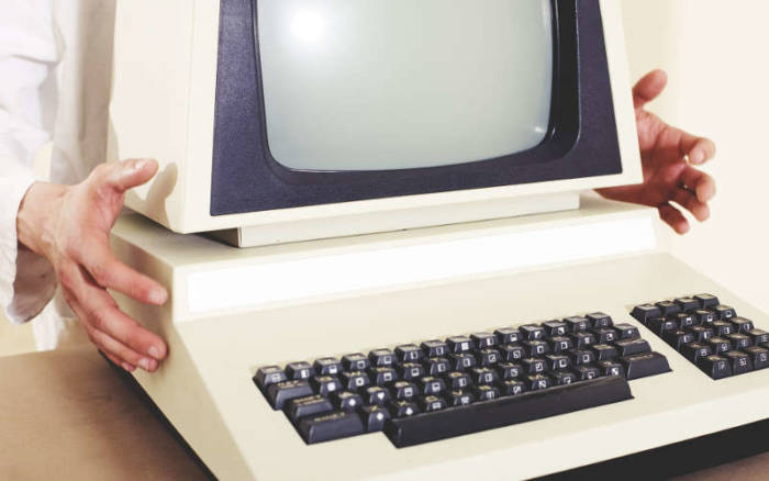 old-computer.jpg
