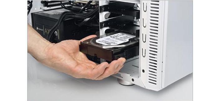 Menjaem-zhjostkij-disk.jpg