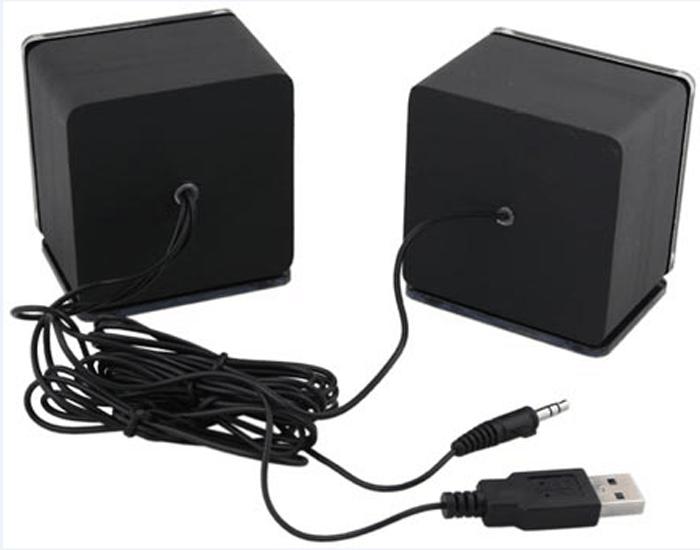 Kolonki-s-USB-razemom-i-obychnym-audio-razemom.png